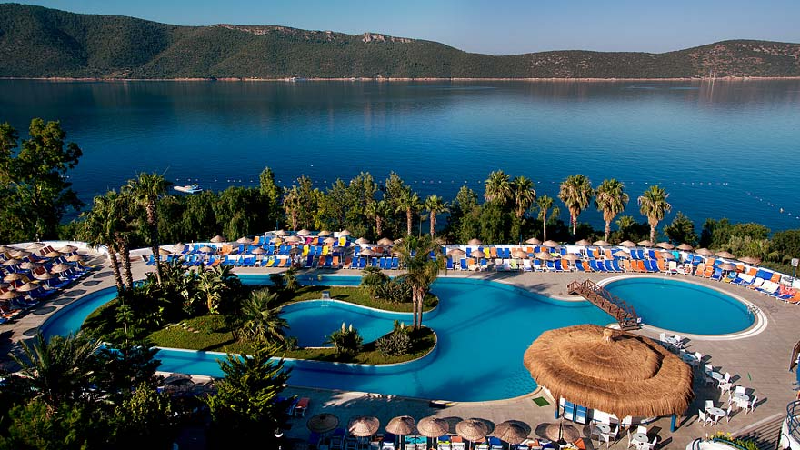 bodrum-holiday-resort-widok-na-basen - opinie hotel bodrum holiday resort