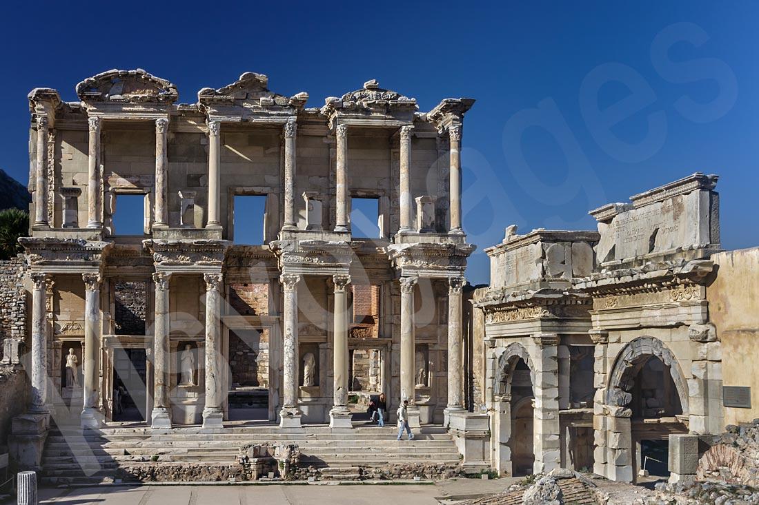 Efez z Bodrum.Biblioteka Celsjusza w Efeze. Wycieczka fakultatywna z Bodrum o Efez. wycieczki fakultatywne z bodrum