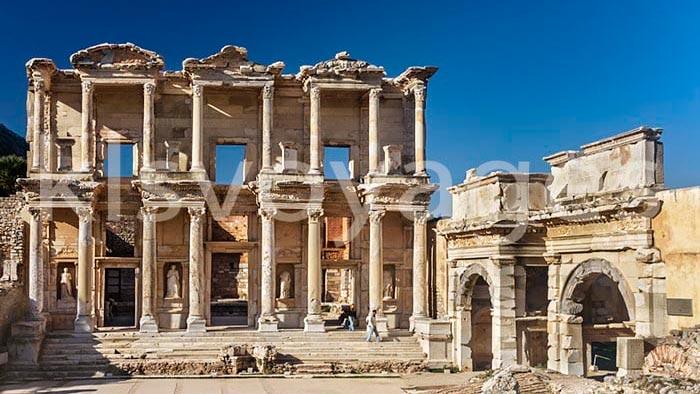 Wycieczka Efez z Bodrum . Wycieczka fakultatywna z Bodrum do Efez.Biblioteka Celsusa