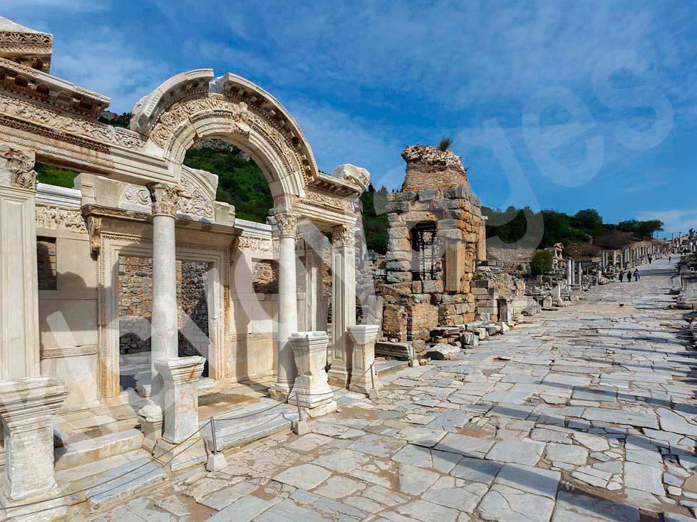 wycieczka fakultatywne z bodrum do efezu i świątynia Hadriana i droga kuretów