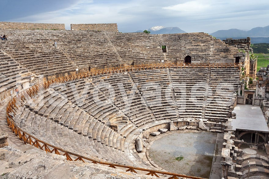 Pamukkale z Bodrum - Amfiteatr w Hierapolis Pamukkale